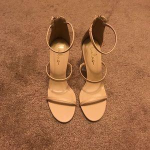"""4""""nude heels"""